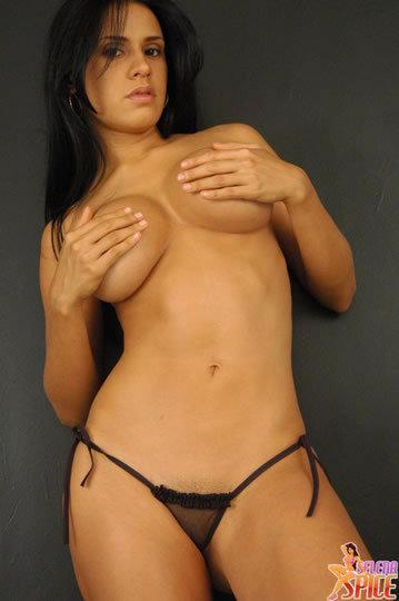 Andrea Rinc N Selena Spice M S Sensual Y Atrevida
