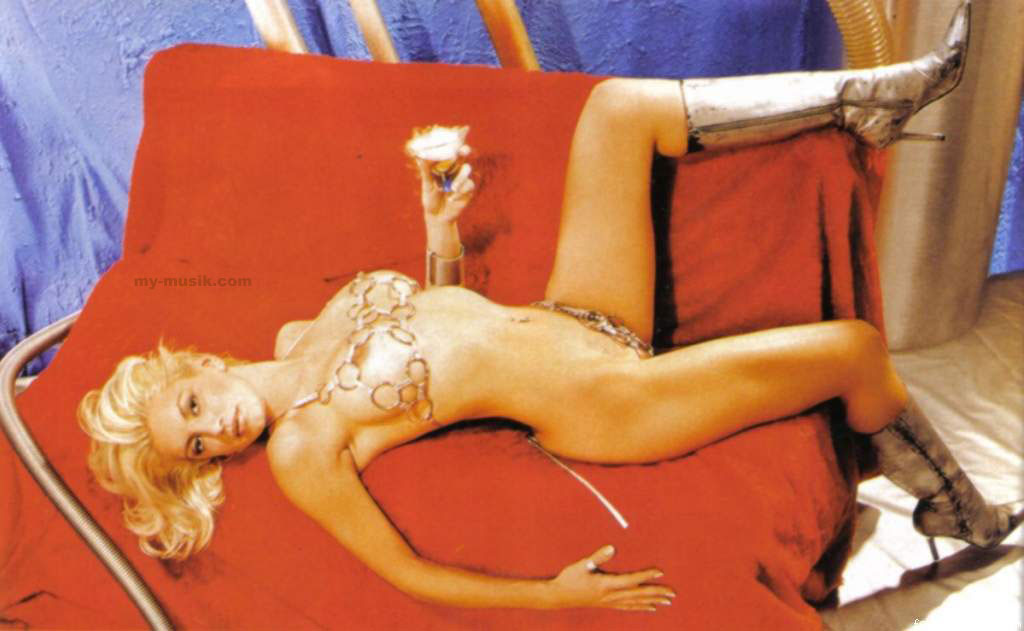 Isabel Madow En Playboy