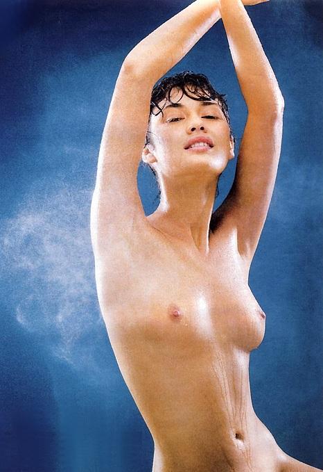 James bond chicas desnudas
